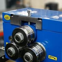 Zakružovačka profilů s ručním ovládáním Z 080