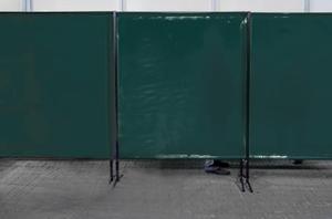 TransEco ochranná zástěna 1450 V, tmavě zelená 1450 × 1870 mm