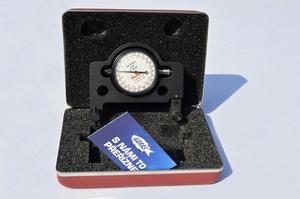 Přístroj pro měření tloušťky švu - mikrometr
