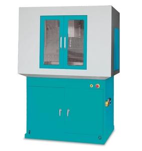 CNC frézka KX 3 s krytem