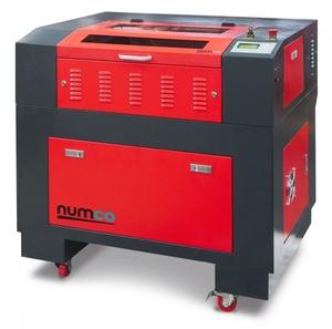 Gravírovací a řezací CO<sub>2</sub> laser E 4060