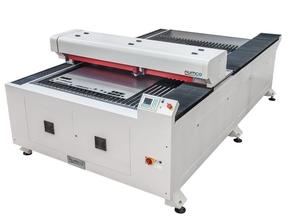 Gravírovací a řezací  laser SF1325SL
